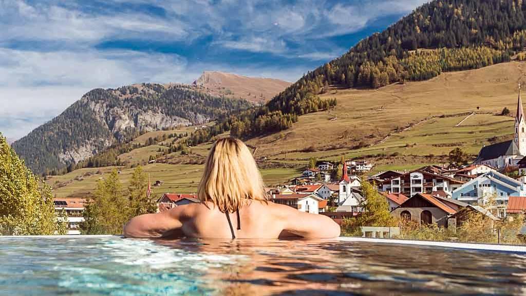 Hotel-Mein-Almhof-Sky-Pool2